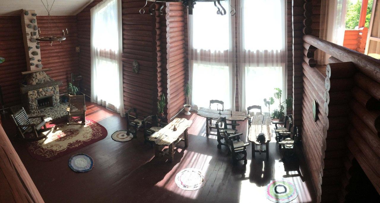 Вид со второго этажа. Усадьба Солнечный угол.